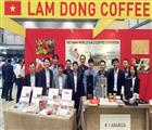 Đại diện tỉnh Lâm Đồng tham dự hội chợ quảng bá hình ảnh cà phê Việt Nam với các bạn thế giới